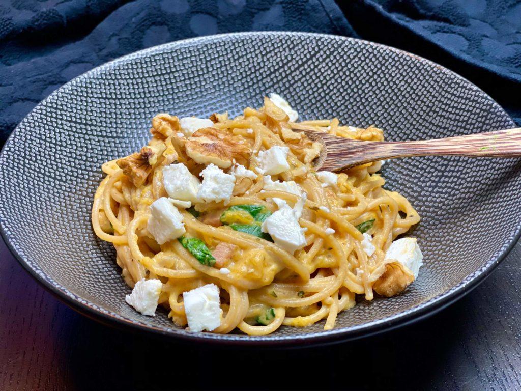 Spaghetti met pompoensaus